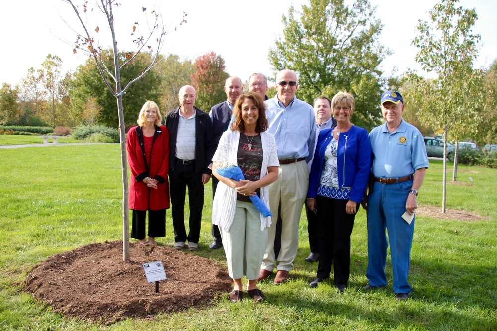 Rotary Club dedicates tree to Plainfield Teacher of the Year